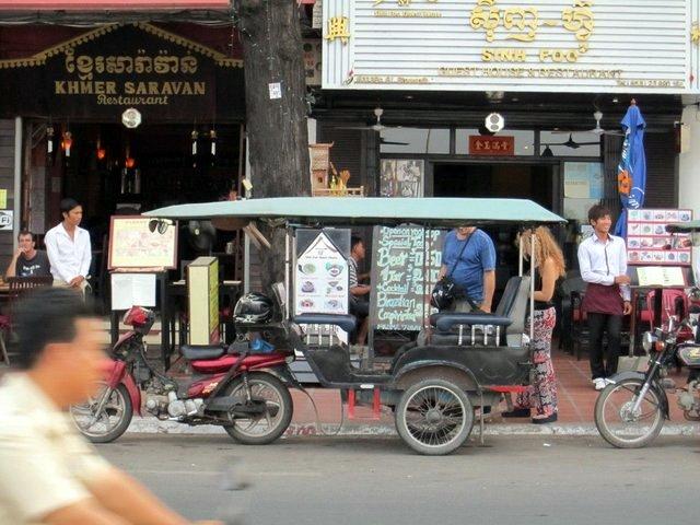 un tuck-tuck a Phnom Phen