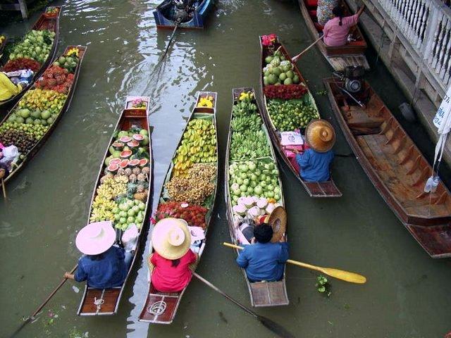 """Résultat de recherche d'images pour """"marché flottant cambodge"""""""