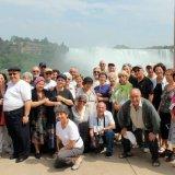aux chutes du Niagara